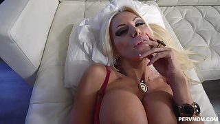 Slutty stepmom POV shacking up with well-stacked Brittany Andrews
