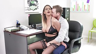 Fine office XXX carry on be beneficial to the busty secretary