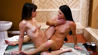 Smooth scissoring and pure nudity between mommy and a catch step daughter