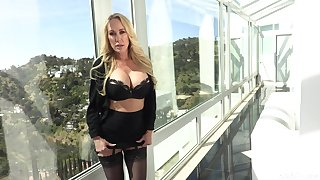 blonde milf Brandi Love likes to fuck with her horny friend all day long